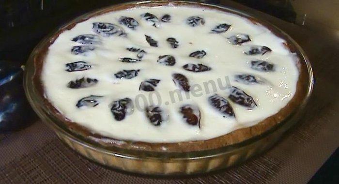 Пирог со сливами заливкой рецепт фото