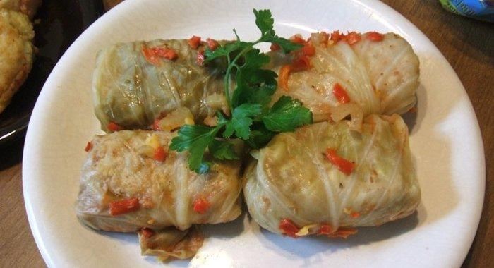 Рецепт голубцов с фаршем и рисом в соусе