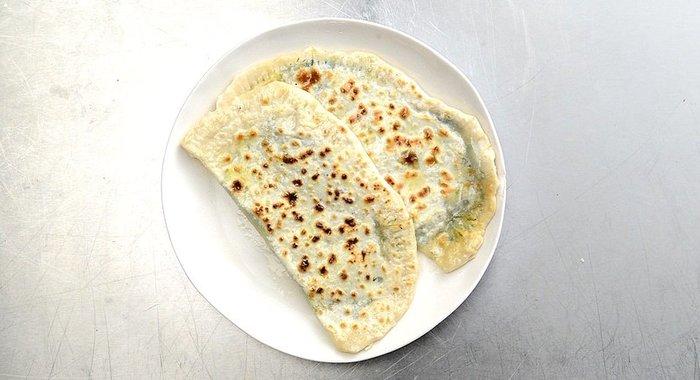 Кутабы азербайджанские с зеленью рецепт с фото пошагово