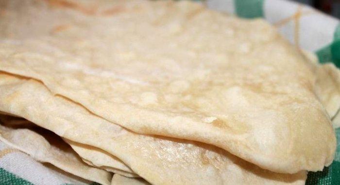 Лепешки на дрожжах на молоке рецепт с пошагово
