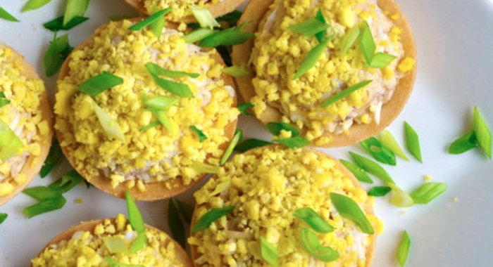 Салат для тарталеток с печенью трески рецепты простые и вкусные