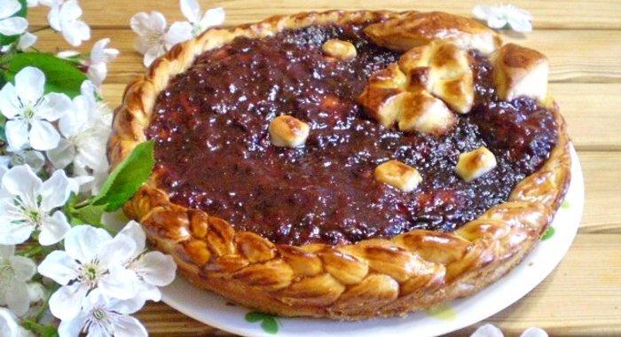 Рецепты дрожжевых пирогов с вареньем с