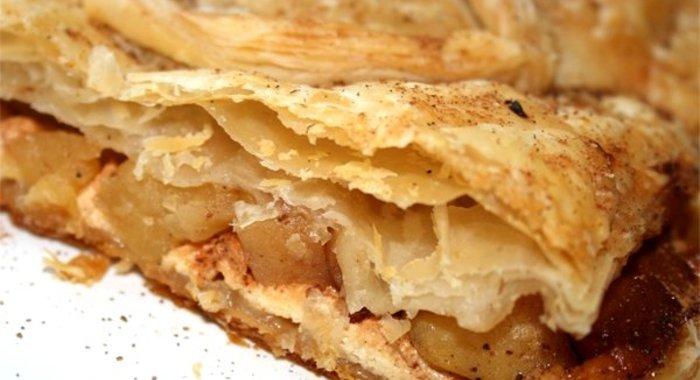 Слоеный пирог с яблоками рецепт пошаговый