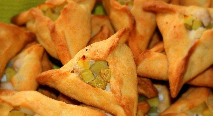 Треугольники с курицей и картошкой пошаговый рецепт