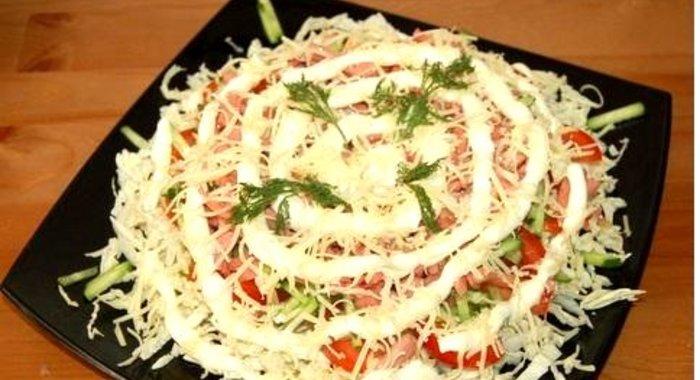 часто хочется салат из пекинской капусты и колбасы сервелат рецепты кухонные Челябинске