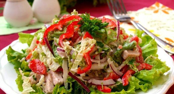 Праздничные салаты из курицы рецепт фото