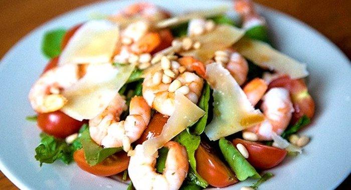 Салат с рукколой и креветками рецепт с фото