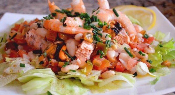 рецепты салатов из рыбы и морепродуктов с фото