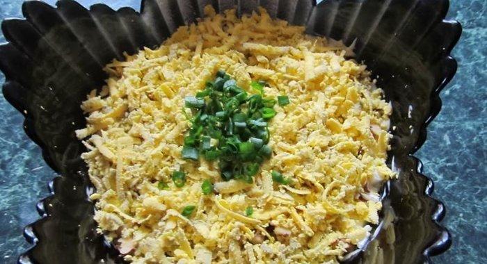Рецепт салата нежность с курицей и черносливом