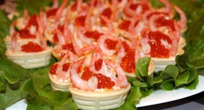 рецепты вкусных салатов с гренками