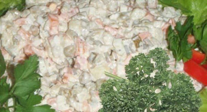 Салат оливье с колбасой рецепт пошагово простой рецепт