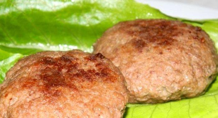 рецепты котлет из свиного фарша с подливкой