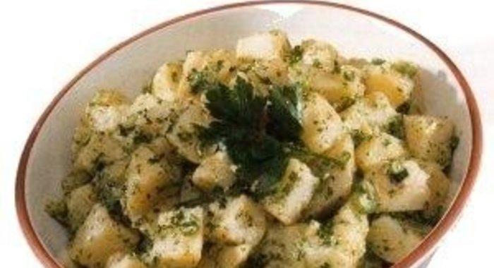 Картофельный салат классический рецепт с фото пошагово
