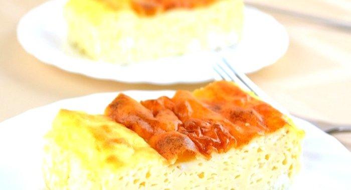 Как сделать пышный омлет на сковороде с молоком рецепт с фото пошагово