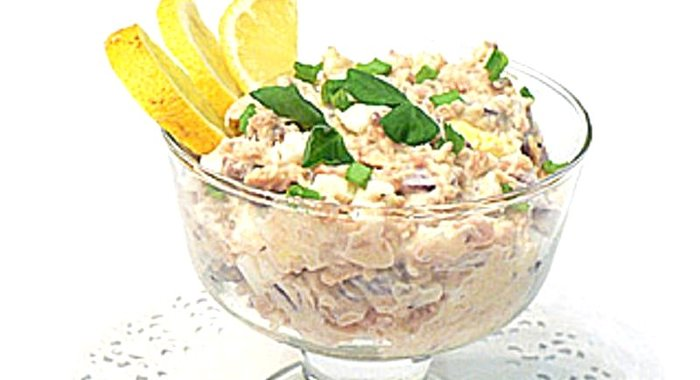 Салат с консервированной горбушей рецепты