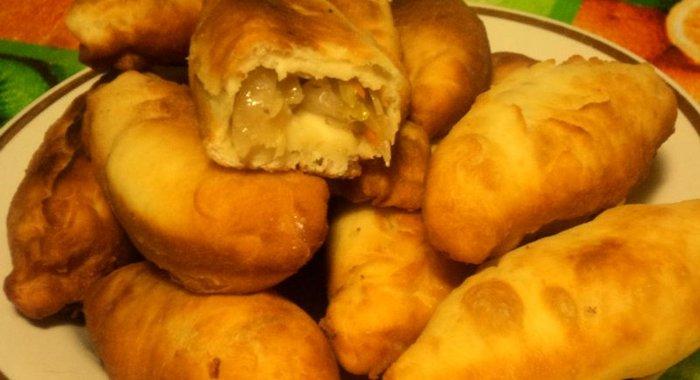 Пирожки с капустой квашеной в духовке пошаговый рецепт с фото