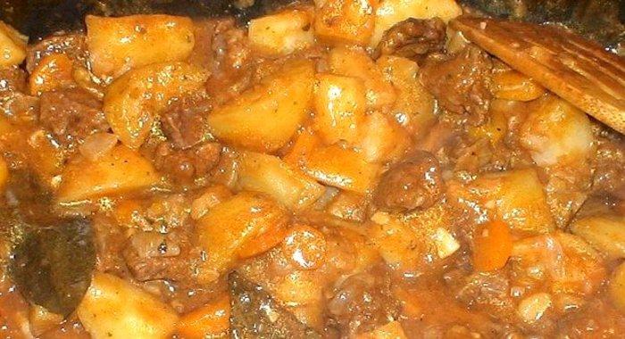 Жаркое из говядины с картошкой рецепт пошагово в мультиварке