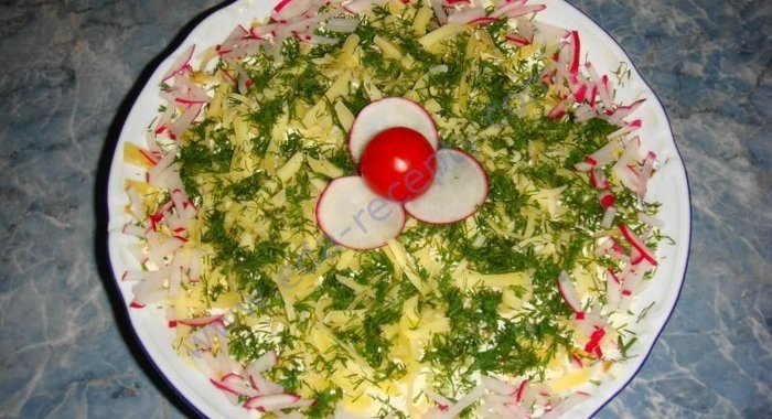Салат президентский в яичном блинчике рецепт