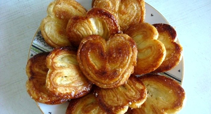 Слоеные сердечки с сахаром рецепт с фото
