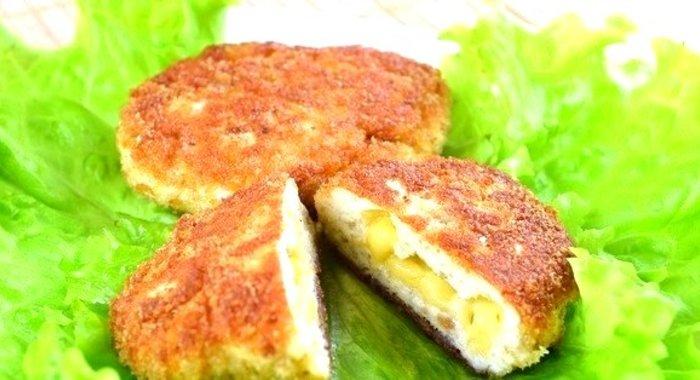 Котлеты из куриного фарша с сыром и зеленью рецепт пошагово