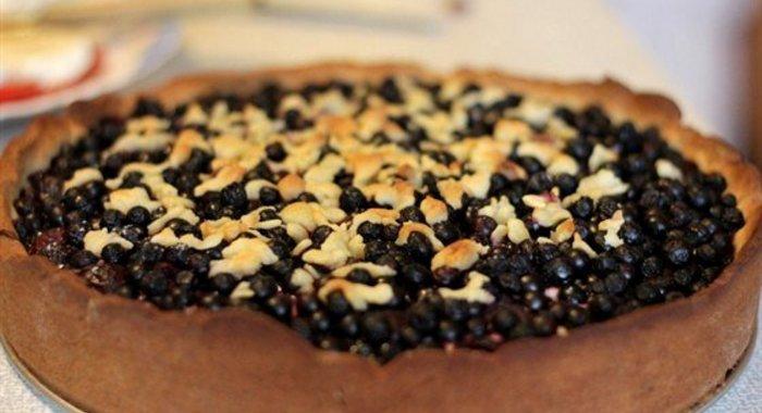 Пирог с черникой рецепт с фото пошагово