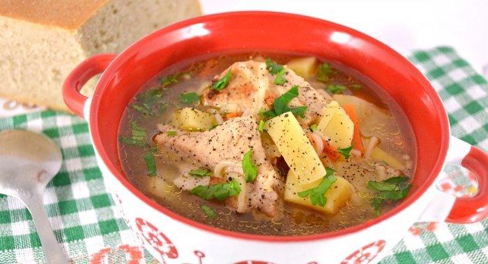Суп с вермишелью и свининой в мультиварке