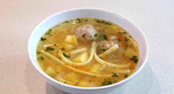 Суп с фрикадельками и лапшой пошагово