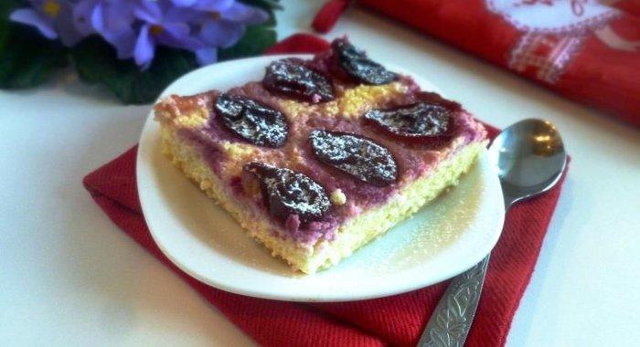 Сливовый пирог с творогом рецепт с фото